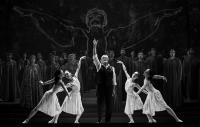 Неодинокий голос человека / «И воссияет вечный свет» в Татарском театре оперы и балета имени Мусы Джалиля