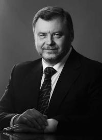 Честь и достоинство / Виталий Стариков (Белгород)